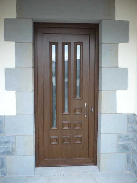 Trabajos realizados puertas de aluminio y pvc navarra - Modelos de puertas de aluminio para exterior ...